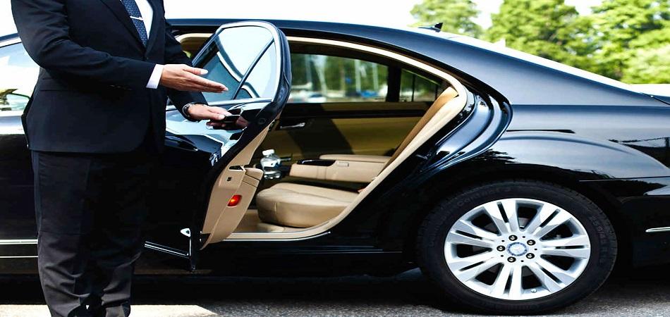 Les avantages à devenir chauffeur privé à Paris