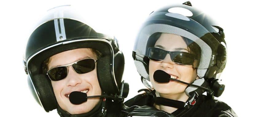 Accessoires de moto : pourquoi acheter un intercom moto ?