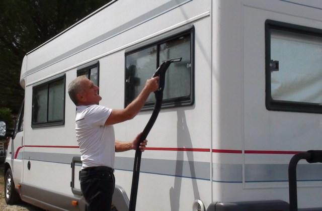 Comment entretenir son camping car de manière écologique ?